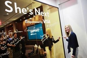 Visa насърчава развитието на жените по целия свят