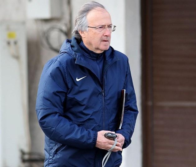 """Треньорът на """"Левски"""" Георги Дерменджиев: Нямам договор, но съм спокоен"""