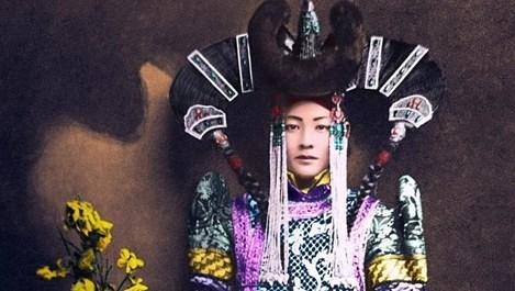 Тъжната съдба на последната кралица на Монголия