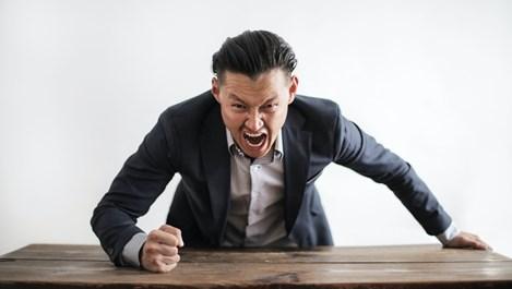 Защо не бива да крещим на тийнейджъра
