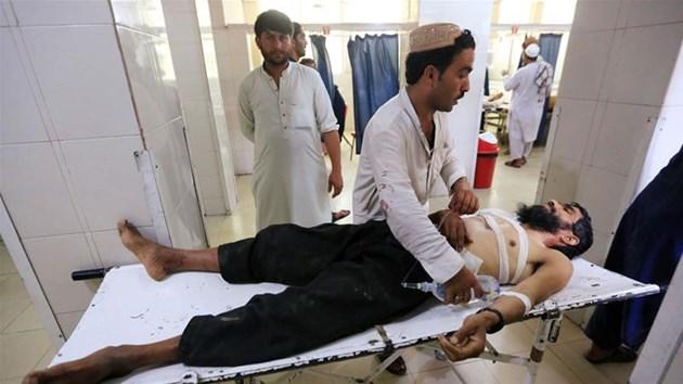 13-годишен се самовзриви на сватба в Афганистан, има много загинали и ранени