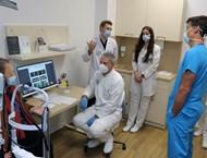 """Мисията на тандема д-р Карл Клаес и Очна клиника """"Вижън"""" е да връщат надеждата да виждаш"""