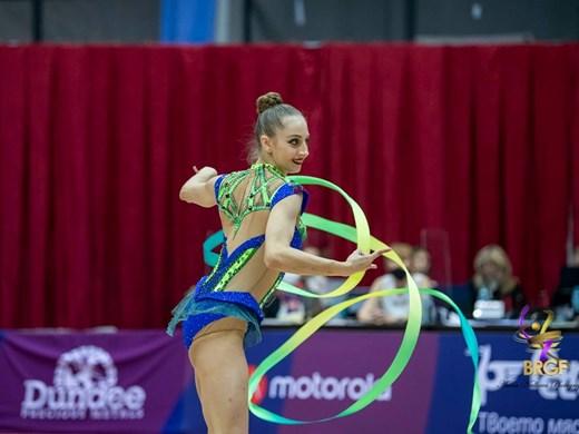Три финала за българките на световното по художествена гимнастика