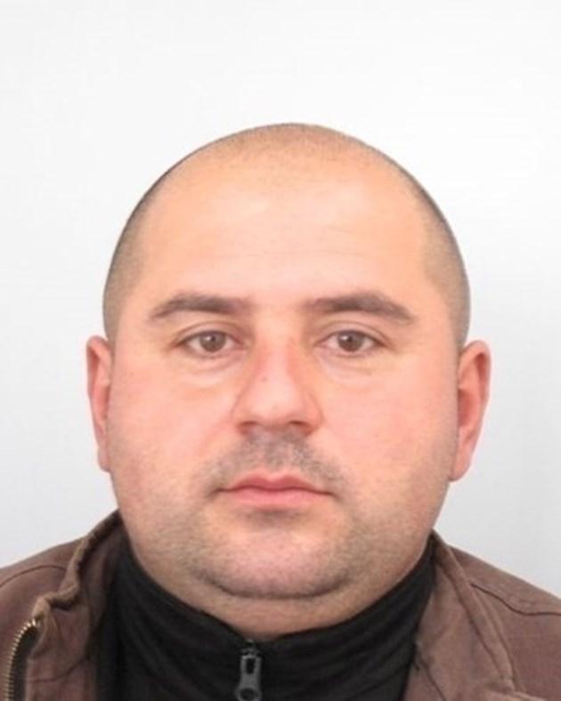 Откриха мъртъв роднина на издирвания за убийството в Костенец Стоян Зайков