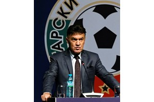 Боби Михайлов: Футболът ще тръгне напред с можещи треньори, национална академия и нов стадион