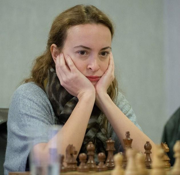 Стефанова с титла