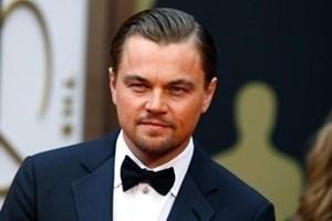 """Лео ди Каприо може да е """"Вълкът от Уолстрийт"""", но в леглото бил куче"""