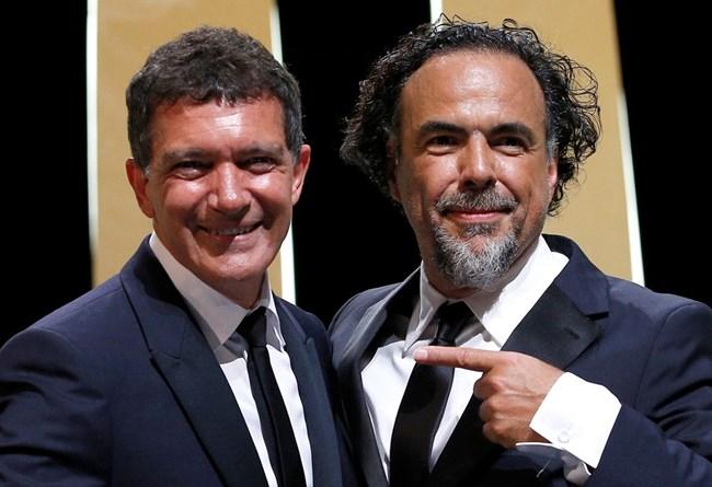"""Антонио Бандерас получи наградата за най-добър актьор за филма """"Болка и слава"""" на Педро Алмодовар. Снимка РОЙТЕРС"""
