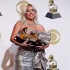 Руски тролове към Гага: Върни Брадли на Ирина