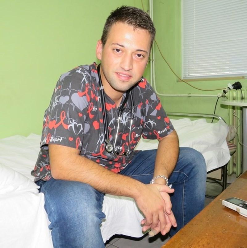 """Д-р Мирослав Йорданов иска да специализира в """"Пирогов""""."""