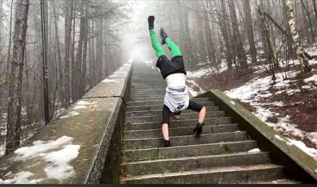 Над 1300 стъпала изкачи на ръце Пламен