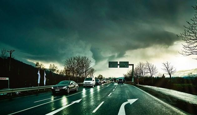 Великобритания дава до 3000 лири на собственици със замърсяващи коли