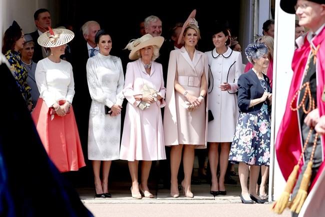 Графинята на Есекс Софи, кралица Летиция от Испания, Камила, херцогиня на Корнуол, холандската кралица Максима и херцогинята на Кембридж Катрин СНИМКИ: РОЙТЕРС