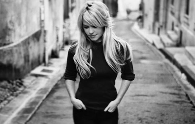 Певицата Дъфи разкри подробности за сексуалното насилие