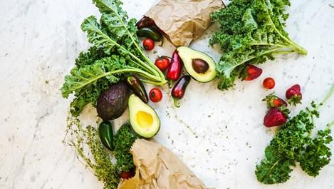 Как да запазим зеленчуци, сирена и подправки свежи за дълго време
