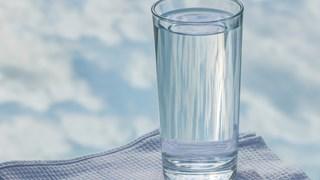 Как обикновената вода лекува
