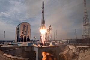 Планетарен интернет – надпреварата за парче от Космоса