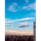 Облачно НЛО кръжи над София
