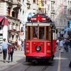 Червеният ретро трамвай В Истанбул спря да се движи заради коронавируса