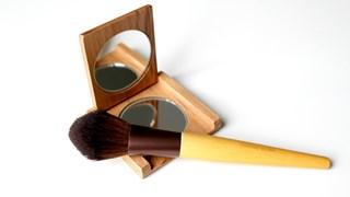 Хитри и евтини продукти, които заместват козметиката