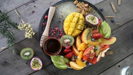 Салца от малини и манго