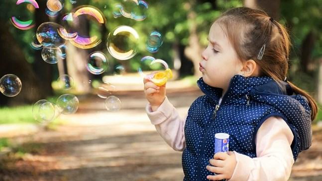 Ново изследване: Децата не се заразяват, нито предават коронавируса