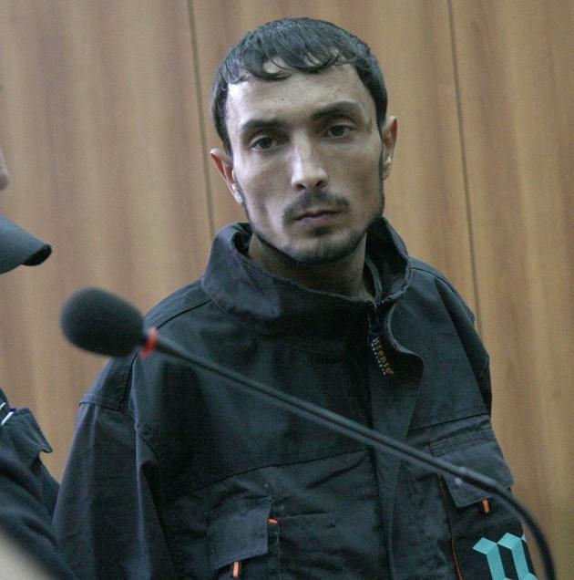 Убиецът Синбад се измъква