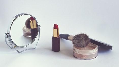 Какво не знаем за алергените в козметиката