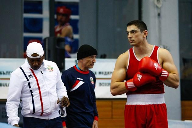 Боксьорът Петър Белберов: Мога да бия испанеца!