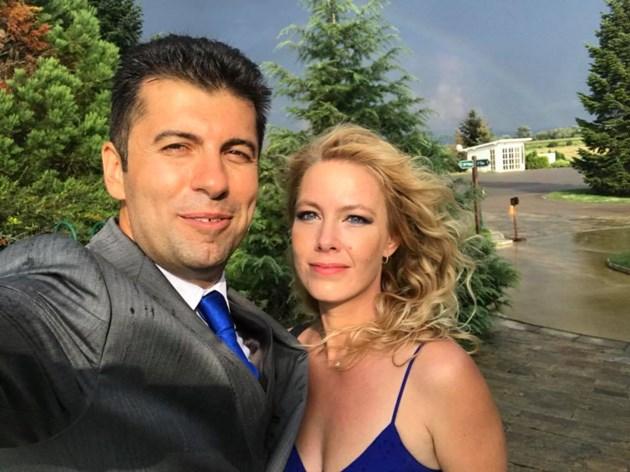Кирил Петков и Линда пътуват много из света