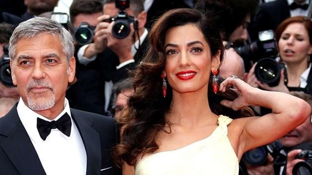 Клуни се претрепа с мотор на Ривиерата