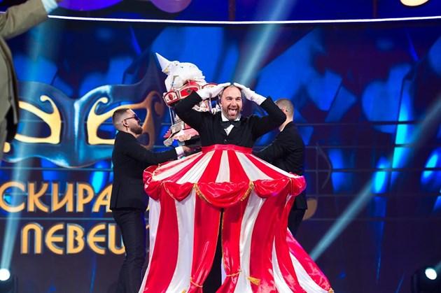 Ваклинов бе разкрит само от Азис / Снимки: Красена Ангелова