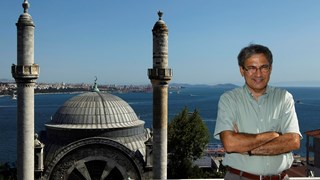Орхан Памук: Пиша, защото никога не съм успявал да бъда щастлив