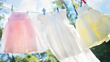 Колко пъти може да носим различните дрехи, преди да ги изперем
