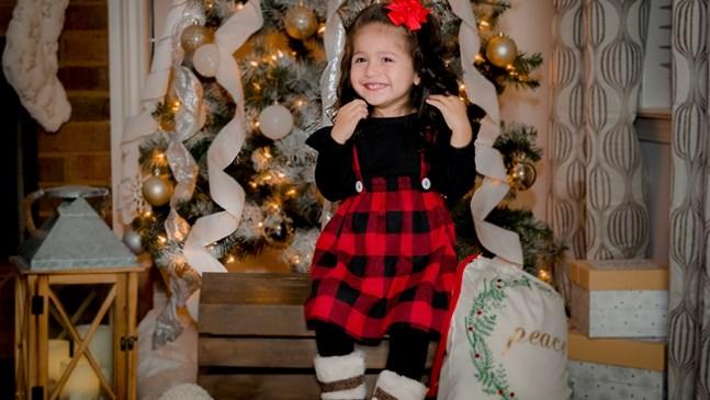 """Малката София от Атланта се включи в коледния фотоконкурс на """"24 часа"""""""