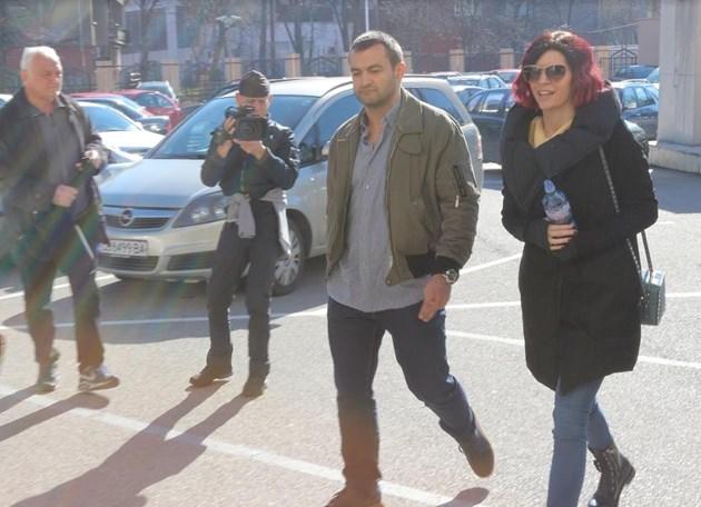 Гледат мярката на сина на Васил Божков - Антон