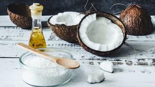 Как кокосовото масло подобрява нашето благосъстояние и красота