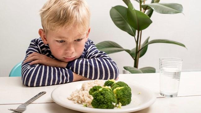 Как да се отнасям към злоядо дете?