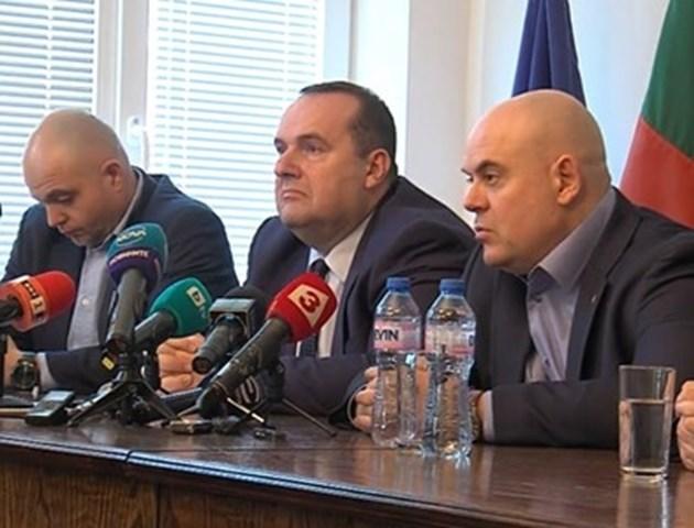 Гешев: При обиска в дома на Димов са иззети документи за боклука от Италия