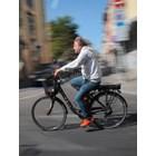 Къци бърз и яростен на велосипед