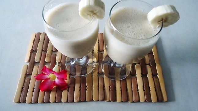 Бананово смути с какао