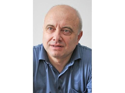 Васил Тончев: Премиер с такъв профил няма да започне на висока скорост