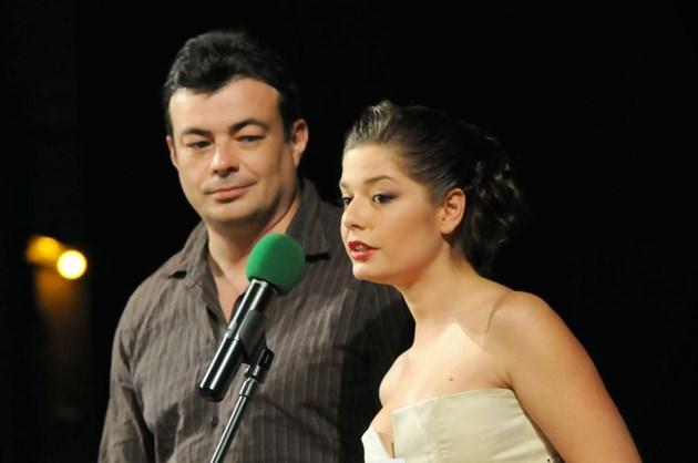 Сърчаджиева пише пиеса за Ласкин