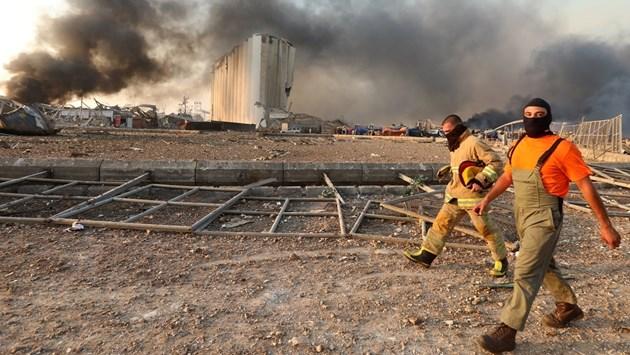 50 са загинали при експлозиите в Бейрут и са ранени 2700 души (Снимки)