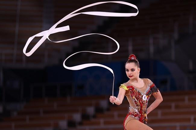 Арина Аверина завърши четвърта в индивидуалния многобой. Рускините се заканват да вземат реванш на игрите през 2024 г.