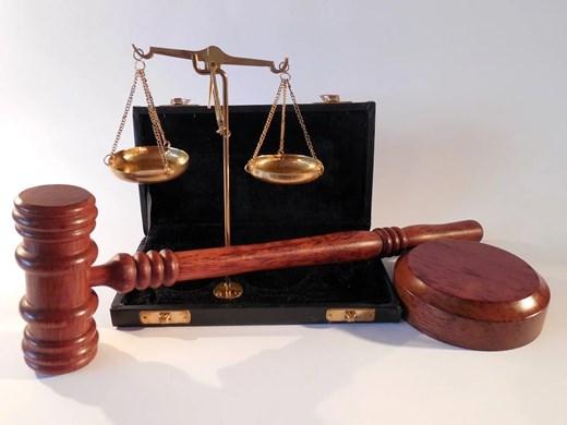 Внесен е обвинителен акт срещу мъж, проявил агресия срещу лекар