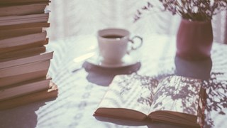 Книги, които помагат за щастие и усъвършенстване