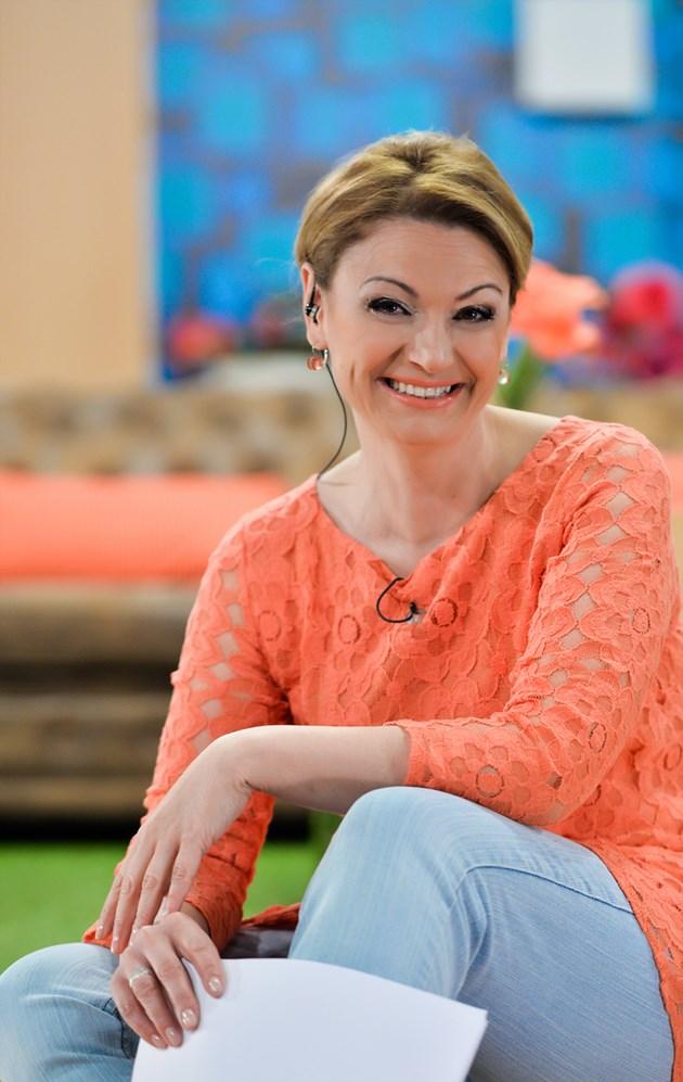 Ани Салич няма мъж до себе си