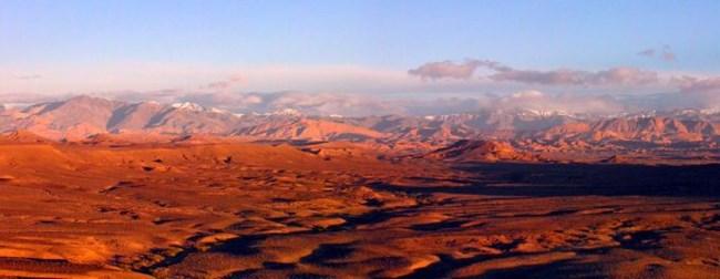 Лагер в пустинята – Оурзазат – Из Мароко с велосипед