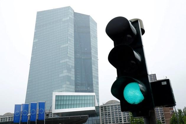 ЕЦБ: Пандемията ускори дигитализацията на икономиката